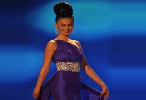 Gona Dragusha - Miss Kosova 2009