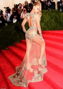 Beyonce sikur sirenë në Met Gala