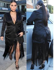 Kim Kardashian tregon përsëri linjat