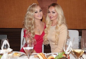 Adelina Berisha i lëshohet rendi, i fejohet motra