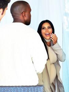 Kanye për Kim: 5 milionë dollarë për një palë reçipeta