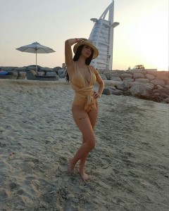 Zajmina me foto hot nga Dubai