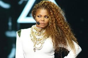 Janet Jackson bëhet nënë në moshën 50-vjeçare