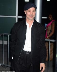 """Brad Pitt në premierën e filmit """"The Lost City"""""""