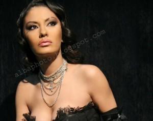 Adelina Ismajli