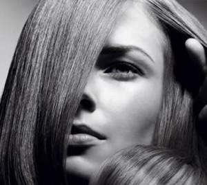 Një kërkim i fundit ka identifikuar 5 shenja për flok të shëndetshme