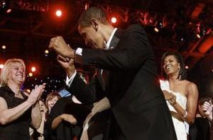 Barack Obama tregoi aftesite e tij si balerin