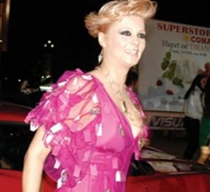 Enada At' Nikolla:Shqiptarët kanë më shumë se stil
