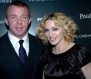 Guy Ritchie akoma ndjenë diçka për Madonnen