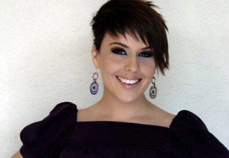 Ja pamje e re e kengetares kosovare Jehona Sopit