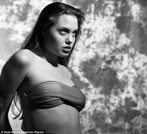 Angelina Jolie.01