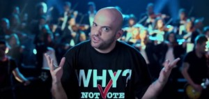 Dr Flori i këngës Tirona bën videoklip kundër Rama-Meta