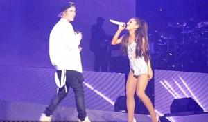 Bieber harron tekstin e këngës
