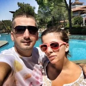 Labi nis pushimet në Turqi me të fejuarën