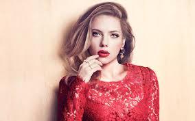 Scarlett Johansson kërkon skenarë në nivel aktorësh