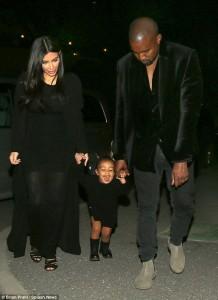 Kim Kardashian dhe Kanye West , dy prindër të shkëlqyer