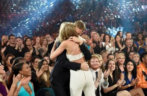 Taylor Swift dhe Calvin Harris çifti i mrekullueshme