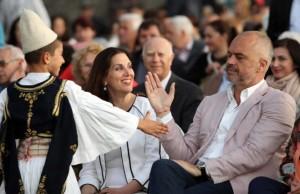 Festivali i Gjirokastrës mbledh 1204 artistë shqiptarë
