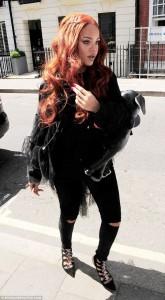 Rihanna shkëlqen në Londër