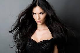 Donika Krasniqi pjesë e  videoklipit të Sebalter