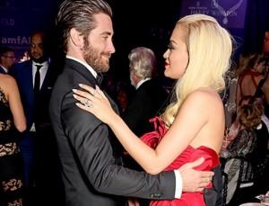 Jake Gyllenhaal lavdëron Ritën për filmin e ri
