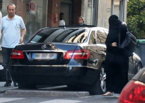 Gisele Bundchen keqpërdor mbulesën islame