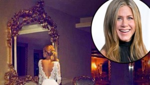 Ja si është dukur në fustan të bardhë Jennifer Aniston