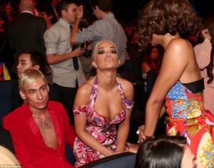 """Rita Ora, e bukura e mbrëmjes në """"MTV VMA"""""""