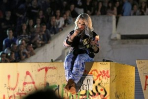 "Rita Ora realizon këngë me titullin ""Kosovo"""