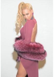 Beyonce, seksi në eventin Tidealit X