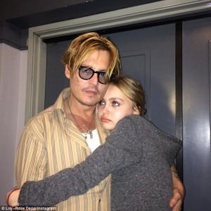 Johnny Depp: Vajza po më bëhet aktore, jam i shqetësuar