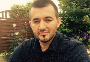 Labinot Tahiri: Bashkohuni rreth tryezës për hir të fëmijëve dhe të ardhmes së vendit