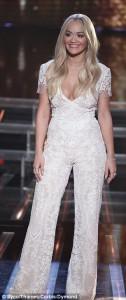 Rita Ora shndriti mbrëm në X Factor
