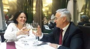Jakup Krasniqi festonë 24 vjetorin e martesës