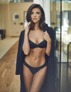 Lucy Mecklenburgh tregon format seksi