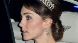 Princesha Middelton del për herë të parë me kurorën e princeshës Diana