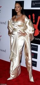 """Rihanna e mrekullueshme në """"Diamond Ball 2015"""""""
