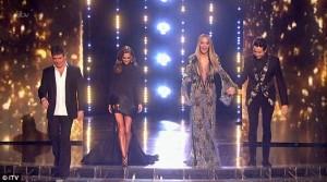 Rita ekspozon gjoksin në gjysmëfinalen e X Factorit