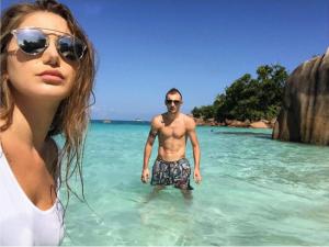 Ansi Agolli dhe Rea për pushime në Seychelle