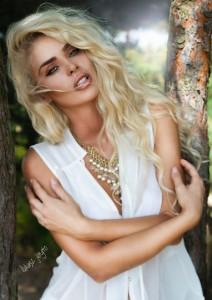 Monika Synytcz modelja më seksi e momentit