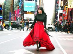 Ingrid Gjoni, kuq e zi në New York