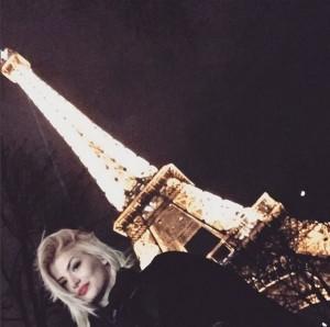 Marina Vjollca po shijon pushimet në Paris