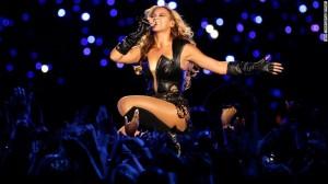 Beyonce vjen album me sharje dhe fyerje