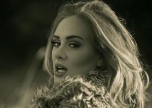 """""""Hello"""" e Adele kalon 1 miliard klikime"""
