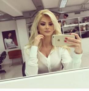 Marina Vjollca me foto të nxehta në Instagram