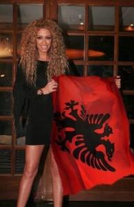 Eleni Foureira pranon se është shqiptare