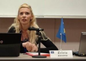 Erleta Hoti rehatohet në qeveri