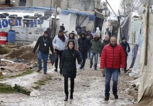 Angelina Jolie me refugjatët sirianë