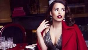 Armina Mevlani jep sqarim rreth fustanit të shtrenjtë