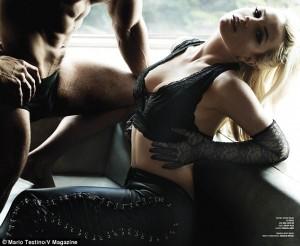 Britney Spears vjen me foto sensuale për revistën V